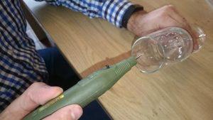 bubbels champagneglazen boren