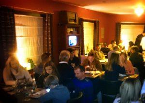 Gezellig café Wetteren met cava champagne exclusieve topwijnen en lekkere paella valencia! Wat is er te doen in Wetteren?